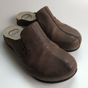 ABEO Biomechanical Brown Leather Clogs Mules  6